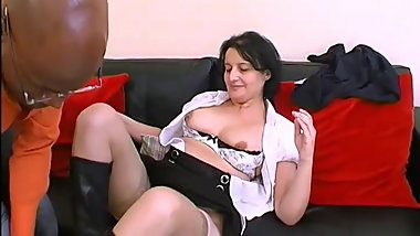Patricia, mature inexperienced, fucked for the first time