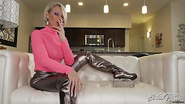 Shiny Marlboro Gold Smoking MILF - Nikki Ashton