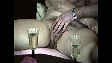 Fingering granny with big hairy bush on sofa