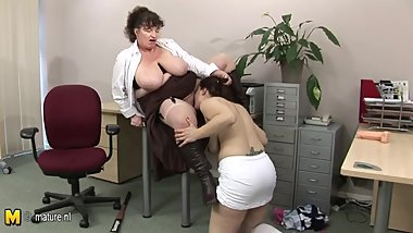 Big titted matured teacher doing a hot pupil babe