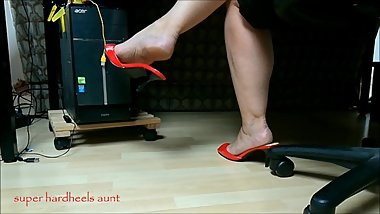 mature shoeplay aunt big calves hard rough heels