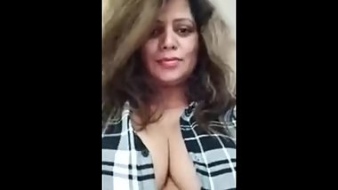Hot sexy young and spicy (sapna sappu)