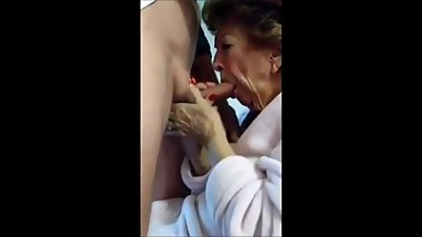 Hot grandma who really like suck cock drink cum