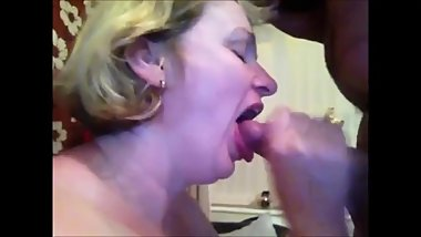 Mature wife suck hubby dick and get cum in mouth