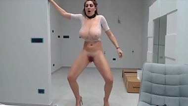 Mature With Big Tits Makes Herself Squirt