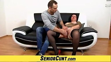 Elder lady Tanya pussy fingering and spreading zoomed