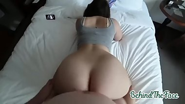 Squatted leggings from a lustful stepsister and fucked her juicy ass