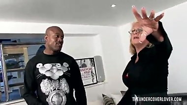 Mature wants the rent money from her black man