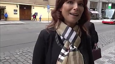 Horny american mature MILF enjoying anal fuck with stranger in Prague