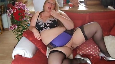 Fat mature neighbour does as she is told