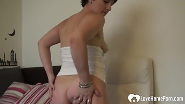 Amazing girl shows how she masturbates passionately