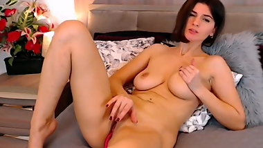 Horny mature wife big natural tits mastrubate on webcam