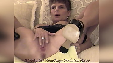 Bev - Spread Pussy, Open Mouth