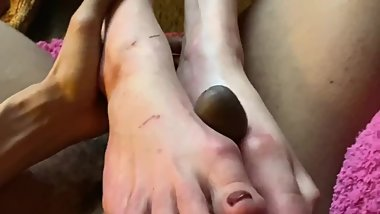 Model M short Footjob  (no cumshot)