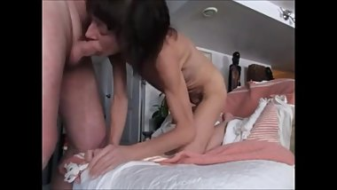 Skinny tothless granny sucking dick