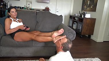 Goddess Zephy feet worship slave