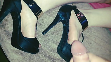 Nice Cum for BBW Wife Heels and Feet