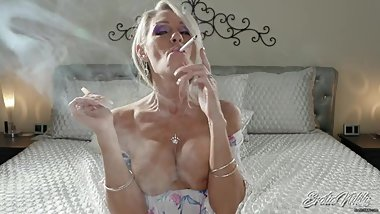 Multitask For Me Smoke Junkie - Topless MILF Smoking JOI - Nikki Ashton
