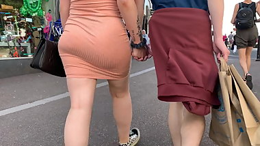 Phat juicy british ass cheeks jiggling inna vpl mini dress