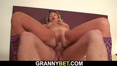 Old cleaning woman riding his horny big cock