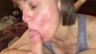Mature mom really enjoys sucking cock